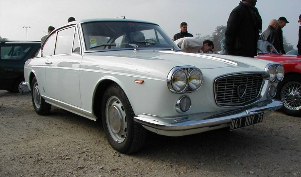 lancia flavia coupe 1 8 only cars and cars. Black Bedroom Furniture Sets. Home Design Ideas